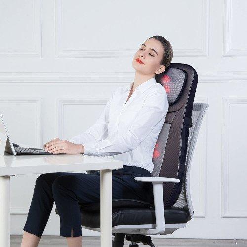 masaje completo chica en silla